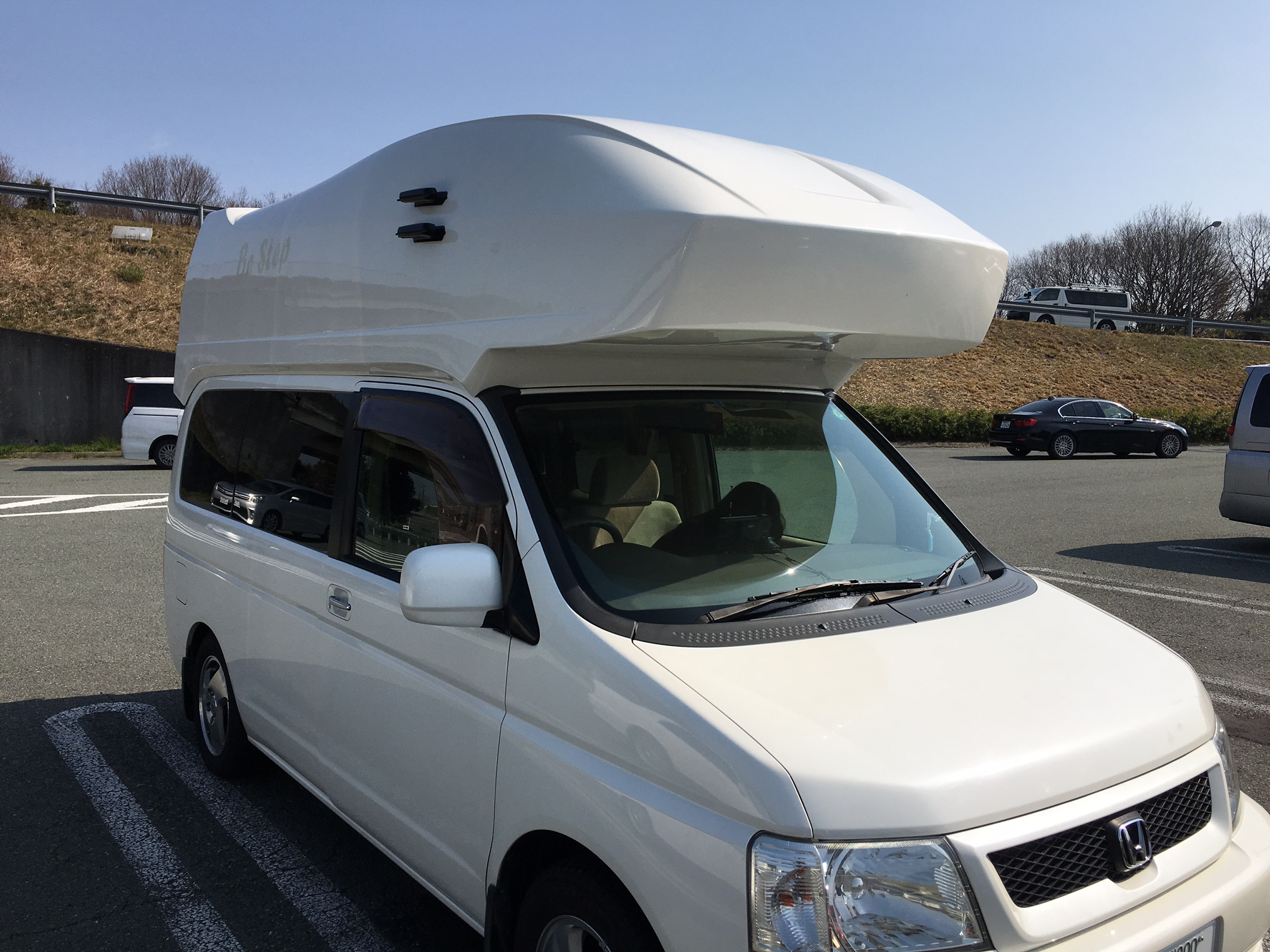 Traveling_with_a_camper01